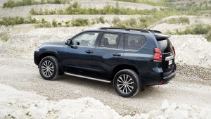 2018-toyota-land-cruiser-euro-2