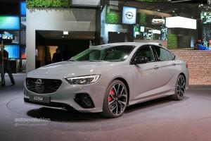 Opel-Insignia-GSi-autoevolucion.com-1