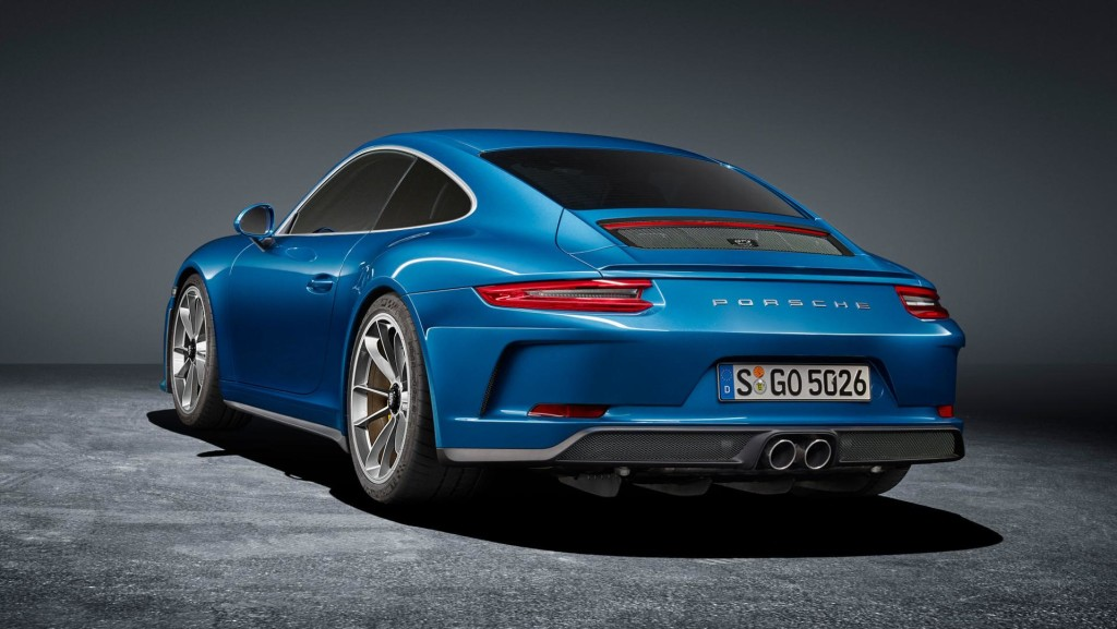 porsche-911-gt3-touring-package-2