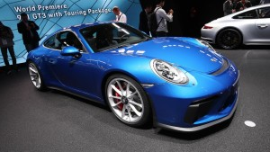 porsche-911-gt3-touring-package-motor1-1