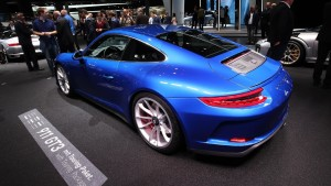 porsche-911-gt3-touring-package-motor1-2