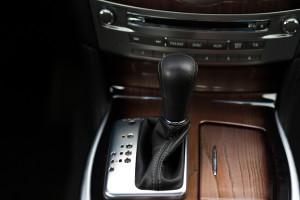 2015-infiniti-q70-hybrid-premium-tech-test-24