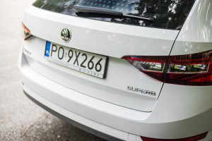 2016-skoda-superb-2-0-tsi-combi-test-28