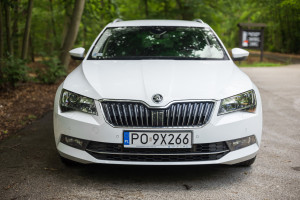 2016-skoda-superb-2-0-tsi-combi-test-7