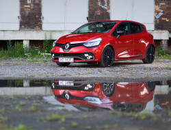 2017-renault-clio-rs-220-trophy-test-wyroz