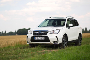 2017-subaru-forester-xt-test-10