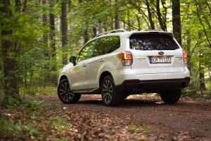 2017-subaru-forester-xt-test-3