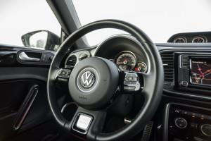 2017-volkswagen-new-beetle-2-0-tsi-r-line-07