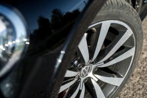 2017-volkswagen-new-beetle-2-0-tsi-r-line-23