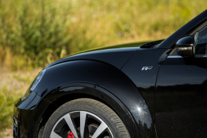 2017-volkswagen-new-beetle-2-0-tsi-r-line-32