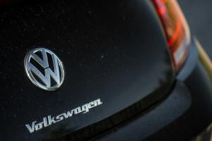 2017-volkswagen-new-beetle-2-0-tsi-r-line-35