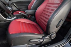 2017-volkswagen-new-beetle-2-0-tsi-r-line-50