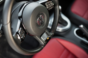 2017-volkswagen-new-beetle-2-0-tsi-r-line-54