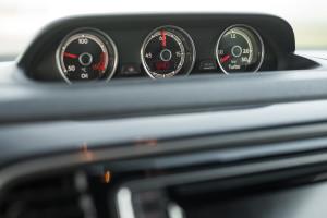 2017-volkswagen-new-beetle-2-0-tsi-r-line-57
