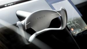 2020-tesla-roadster-10