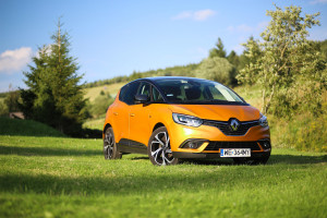 2017-renault-scenic-dci-test-11