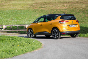 2017-renault-scenic-dci-test-6