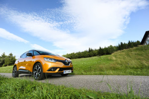 2017-renault-scenic-dci-test-9