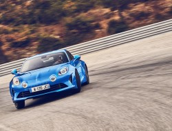 2018-alpine-a110-premiere-edition-2