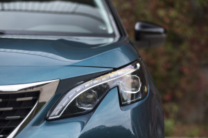 2017-peugeot-5008-16-bluehdi-120km-allure-test-21