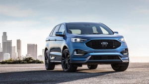 2019-ford-edge-st-03