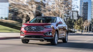 2019-ford-edge-st-04