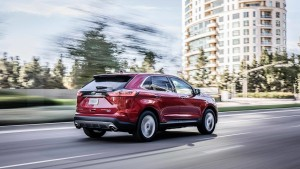 2019-ford-edge-st-05