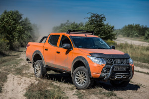 2017-mitsubishi-l200-monster-43