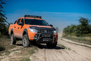 2017-mitsubishi-l200-monster-45