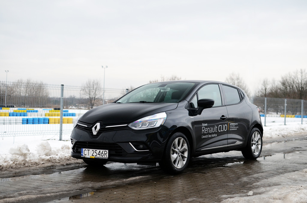 renault-clio-limited-01