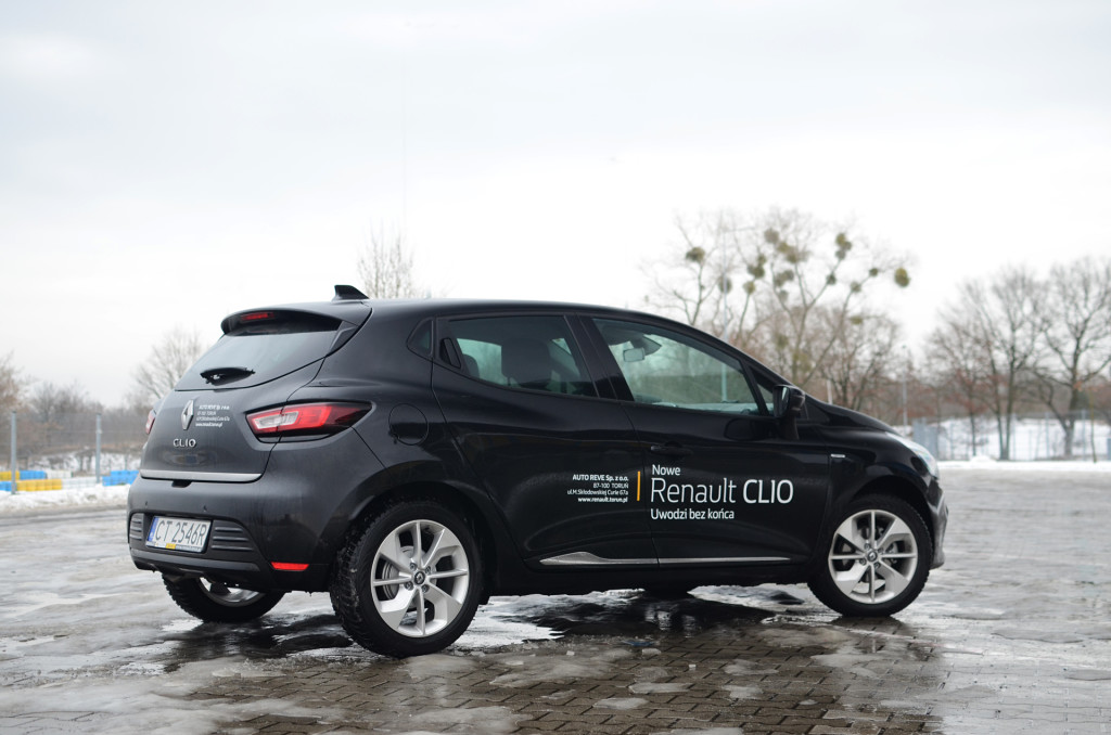 renault-clio-limited-15