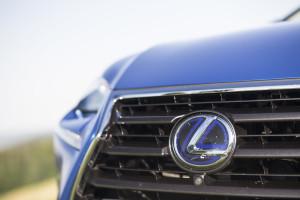 2017-lexus-nx-300h-prestige-test-12