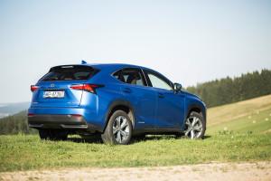 2017-lexus-nx-300h-prestige-test-14