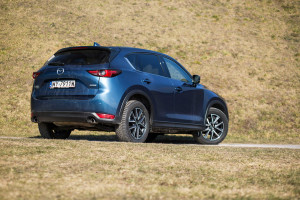 2018-mazda-cx-5-2-2-sky-d-skypassion-test-25
