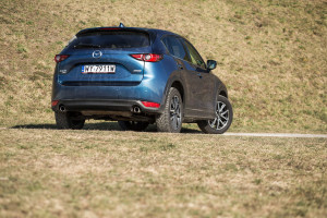 2018-mazda-cx-5-2-2-sky-d-skypassion-test-26