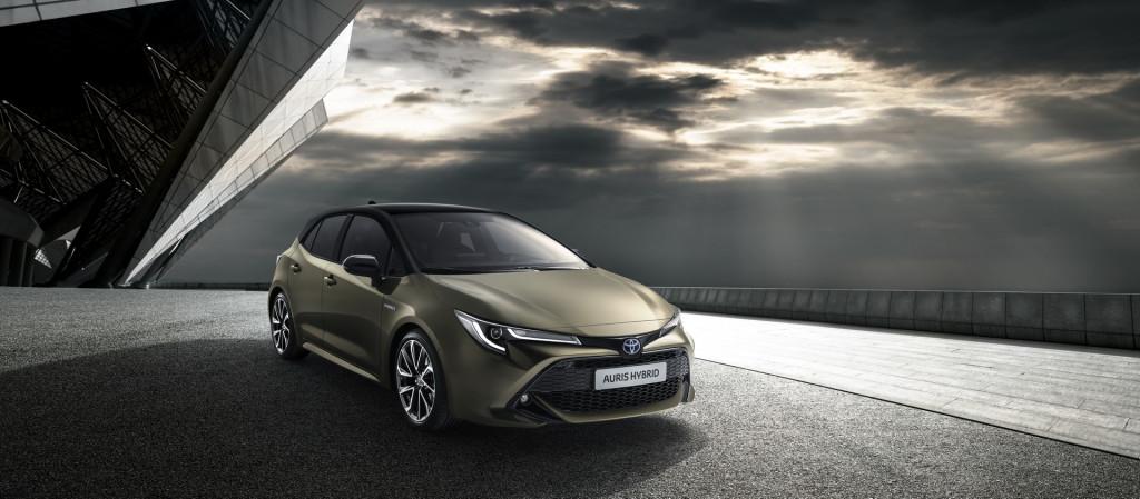 2019-Toyota-Auris-1