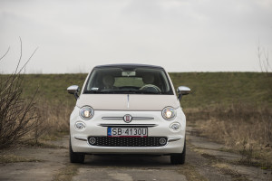 2017-fiat-500c-60th-anniversary-12-8v-test-project-automotive-20