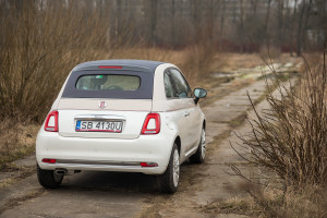 2017-fiat-500c-60th-anniversary-12-8v-test-project-automotive-25