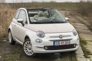 2017-fiat-500c-60th-anniversary-12-8v-test-project-automotive-37