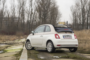2017-fiat-500c-60th-anniversary-12-8v-test-project-automotive-38