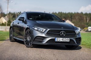2018-mercedes-benz-cls-400d-test-29