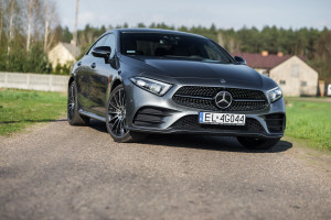 2018-mercedes-benz-cls-400d-test-30