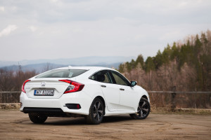 2018-honda-civic-4d-test-2