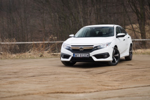 2018-honda-civic-4d-test-3