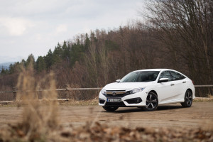 2018-honda-civic-4d-test-5