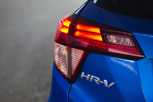 2018-honda-hr-v-test-10