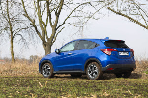 2018-honda-hr-v-test-2