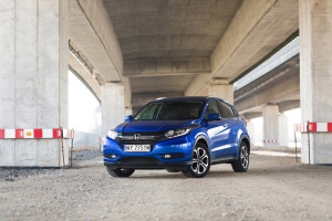 2018-honda-hr-v-test-5