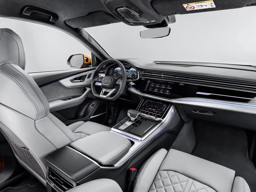 Audi-Q8-21