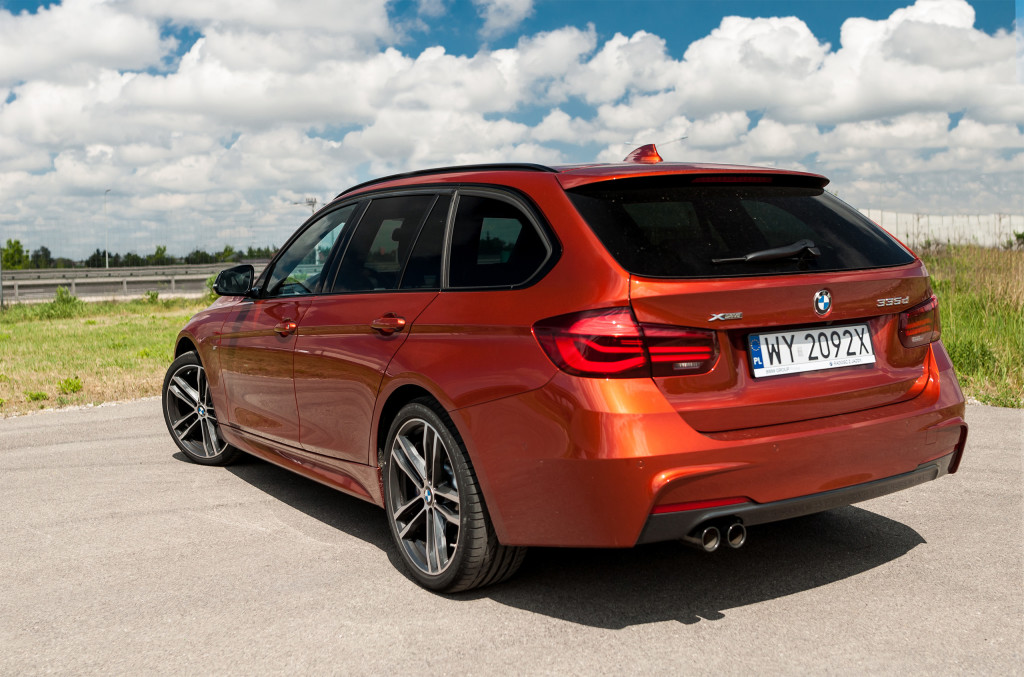 2018-bmw-335xd-touring-2